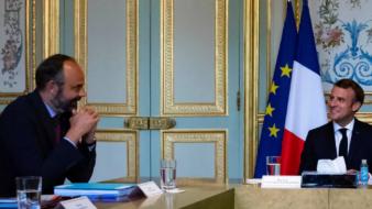 عاجل.. استقالة الحكومة الفرنسية بالكامل